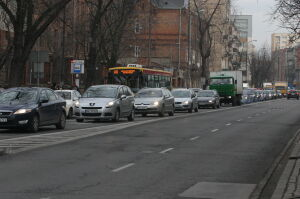 Markowska zamknięta, Ząbkowska w korku