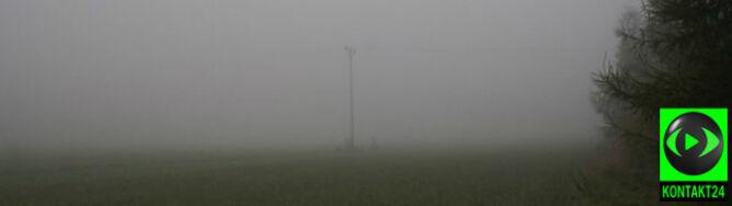 Południowy wschód we mgle. Lokalnie widać na 100 metrów