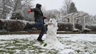 Śnieg w Australii. Przyniósł go podmuch z Antarktydy